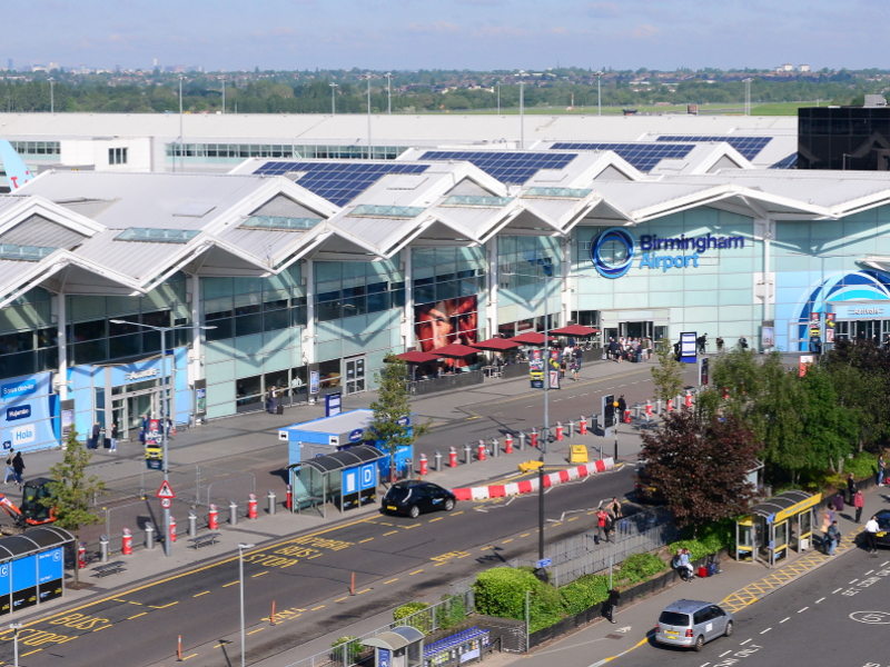 Image of East Midlands Airport terminal. Straightforward journey bysing Kaycabs Loughborough airport taxi service