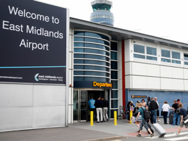 Image of East Midlands Airport terminal with Taxi Rank
